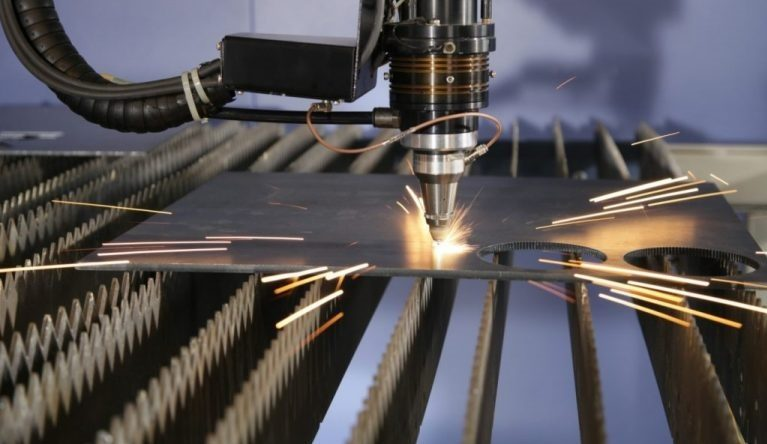 khắc laser sản phẩm quà tặng
