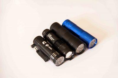 đèn pin led soi tiền giả